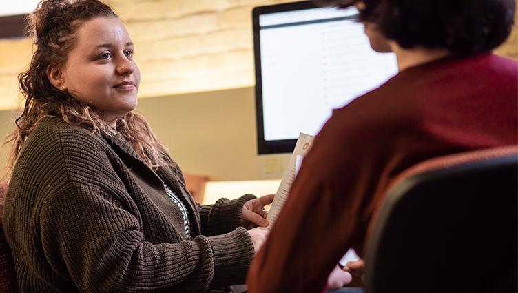 Peer Advisor Jaya Monte